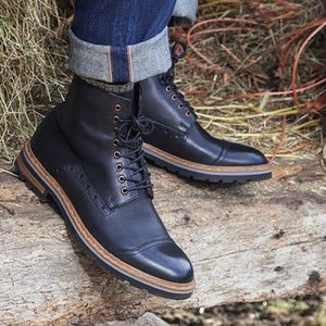 Clarks Black Leather Dargo Rise Boots